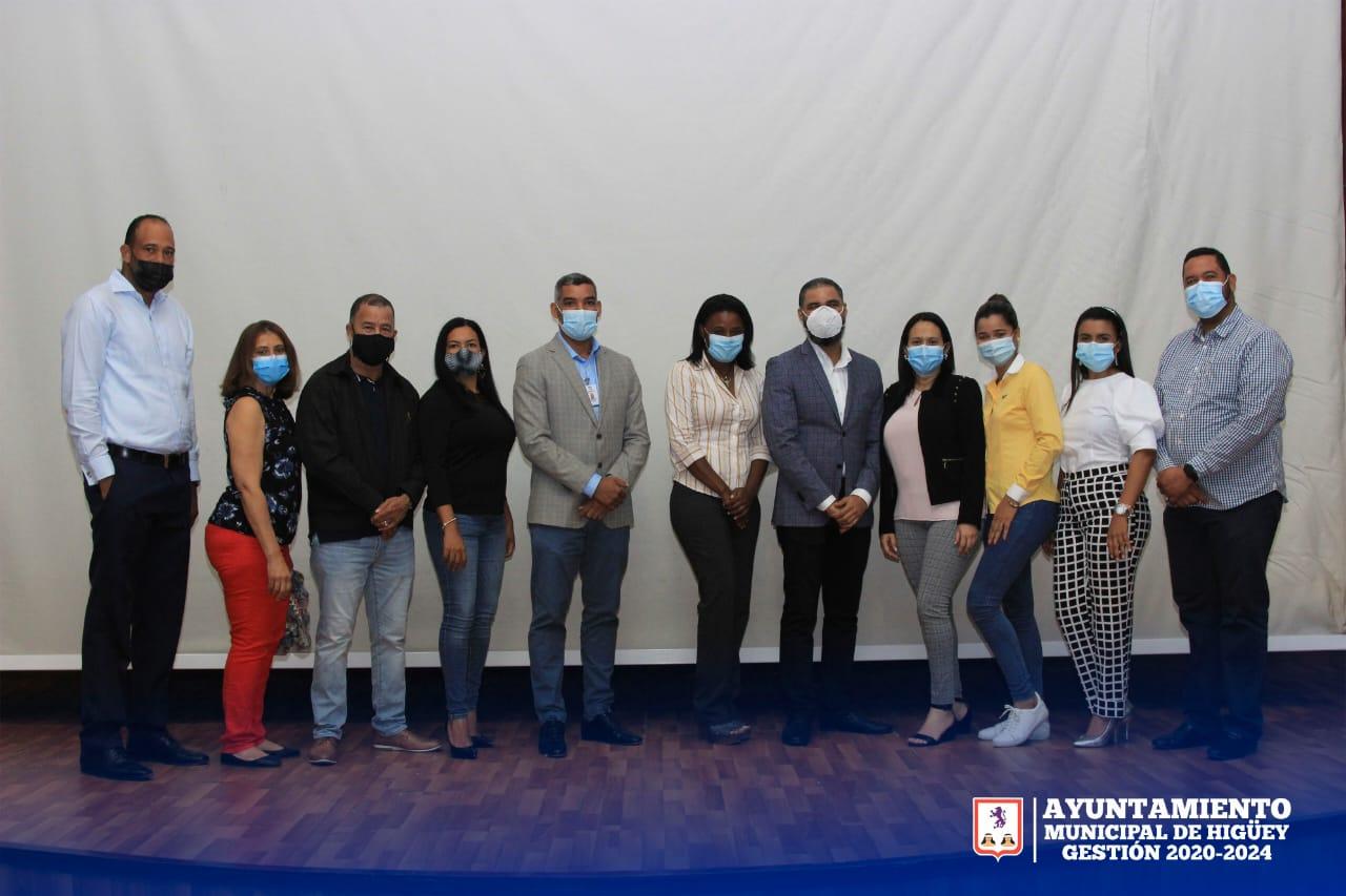 El Departamento de Obras Municipales del Ayuntamiento de Higüey, celebra importante conferencia en el auditorio de la UASD